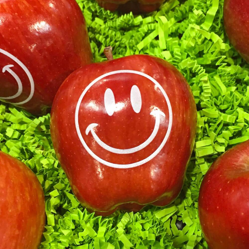Apfel mit Aufdruck
